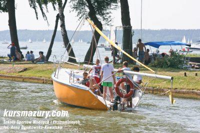 kurs żeglarski rejs szkoleniowy na patent żeglarski rekreacyjny mazury jeziora obóz wędrowny dorośli młodzież IMG_3599-2a
