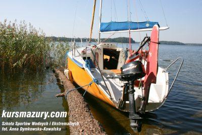 kurs żeglarski rejs szkoleniowy na patent żeglarski rekreacyjny mazury jeziora obóz wędrowny dorośli młodzież IMG_4654-1a