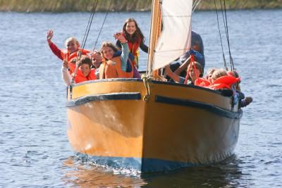 zielona szkoła stacjonarna pływanie po mazurach i nauka żeglarstwa