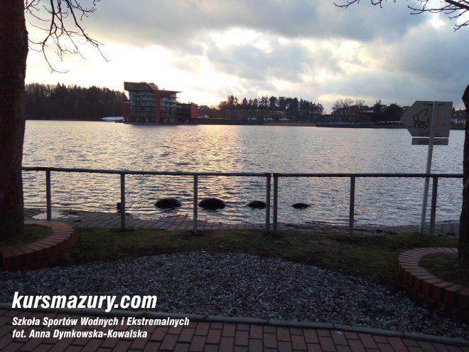 powódź na Mazurach Mikołajki jezioro IMG_20180106_144350a