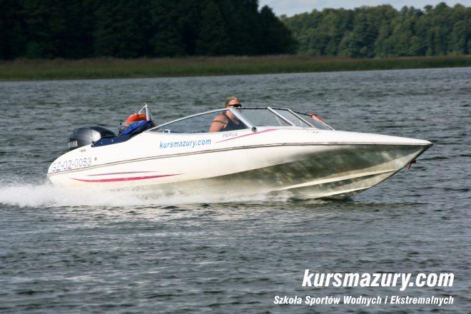 IMG_6041-1a kurs motorowodny na patent Sternika Motorowodnego kursmazury Giżycko
