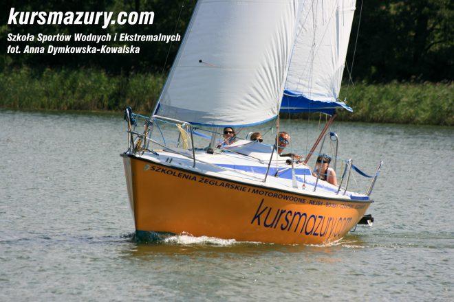 rejs szkoleniowy na patent żeglarski rekreacyjny mazury jeziora obóz wędrowny dorośli młodzież IMG_5319-1a