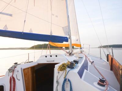 rejs turystyczny dla młodzieży po jeziorach mazurskich tango 780