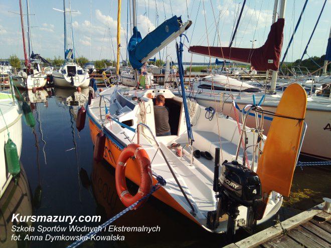 tango 780 sport czarter jachtu mazury rejsy