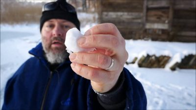 Reptiliańska magia – bezwładność cieplna śniegu